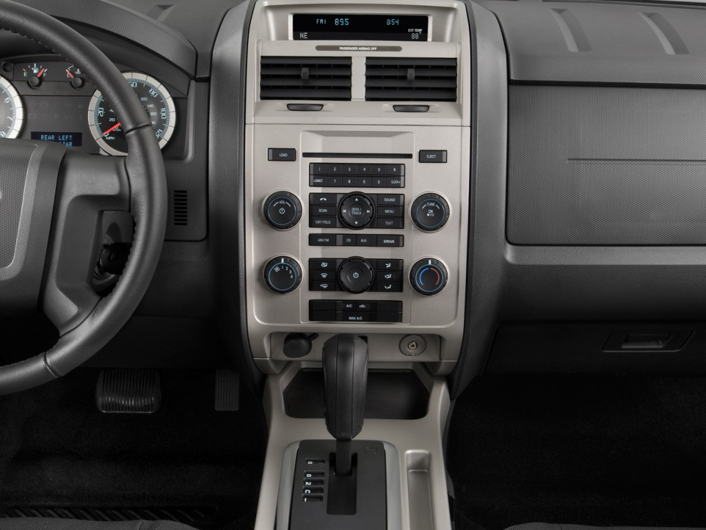 image 2011 ford escape fwd 4 door xlt instrument panel size 1024 x 768 type gif posted on. Black Bedroom Furniture Sets. Home Design Ideas