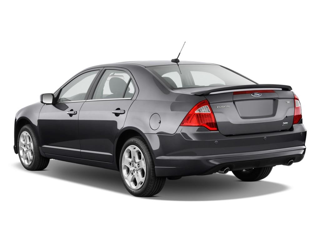 Image 2011 Ford Fusion 4 Door Sedan Se Fwd Angular Rear