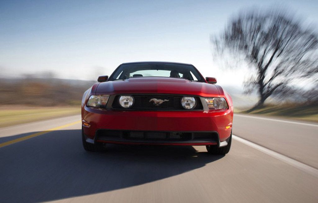 First Drive 2011 Ford Mustang Gt