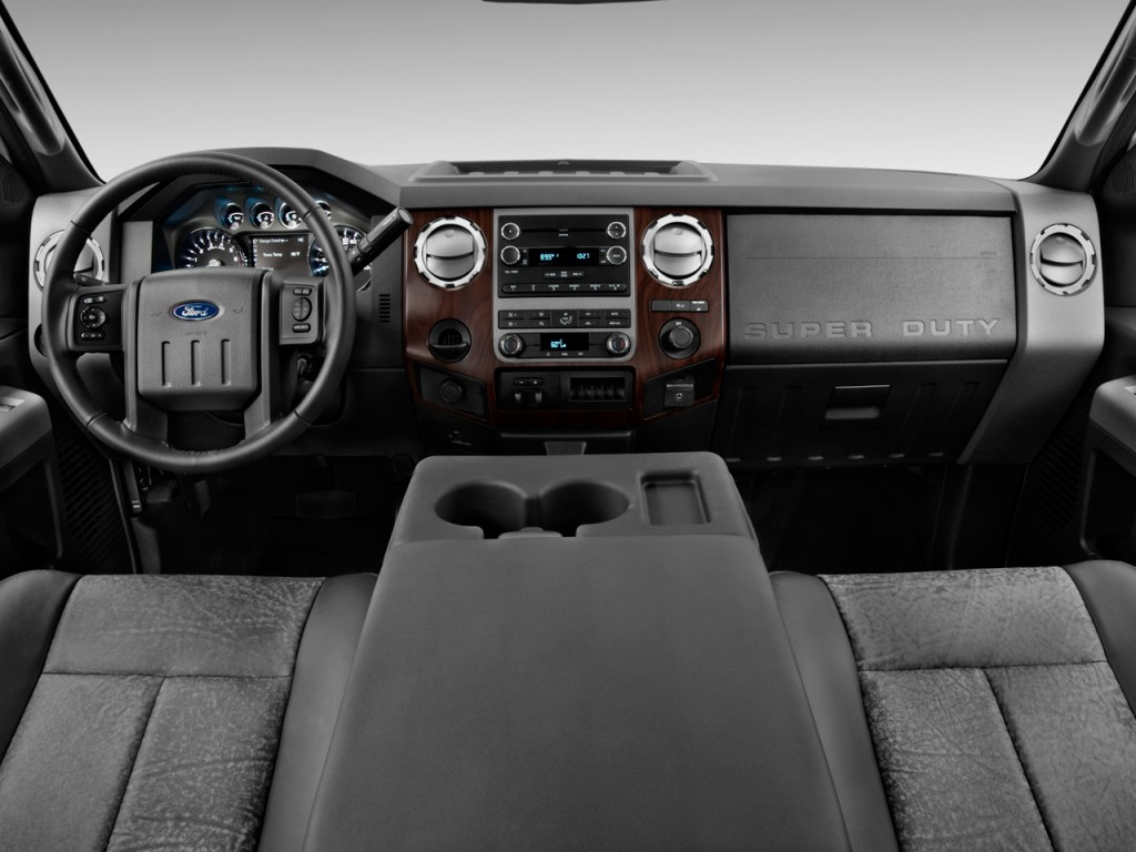 Ford Super Duty F Wd Supercab Lariat Dashboard L on Ford F 250 Super Duty 2019