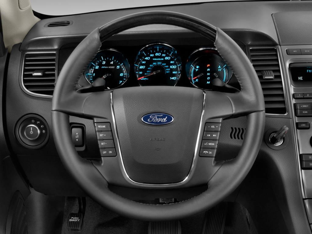 Image: 2011 Ford Taurus 4-door Sedan Limited FWD Steering ...