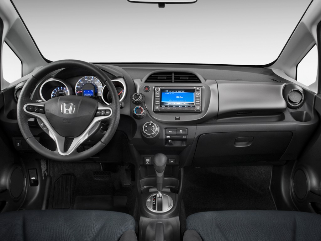 image 2011 honda fit 5dr hb auto sport w navi dashboard size 1024 x 768 type gif posted on. Black Bedroom Furniture Sets. Home Design Ideas