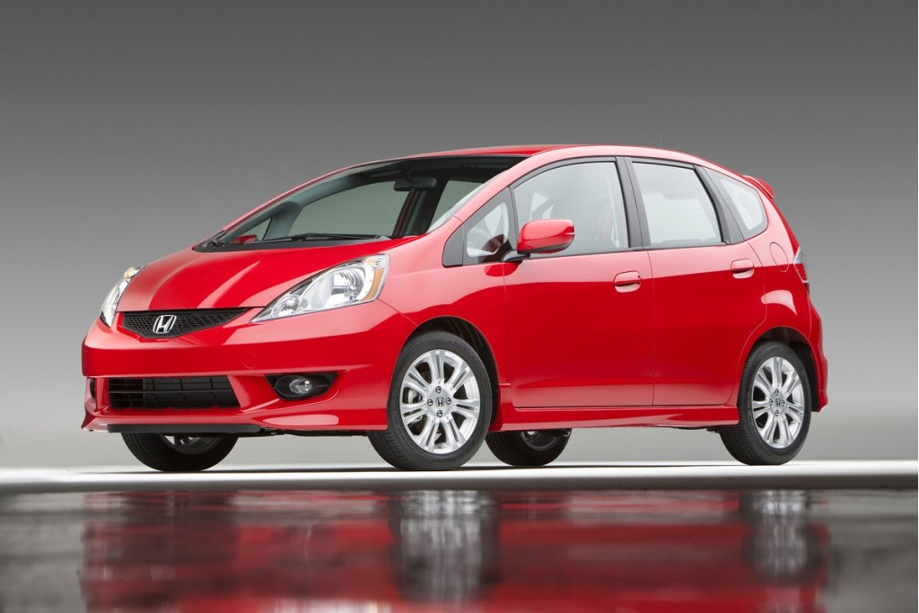 2012 Toyota Yaris Vs 2012 Honda Fit: Subcompact Hatches ...