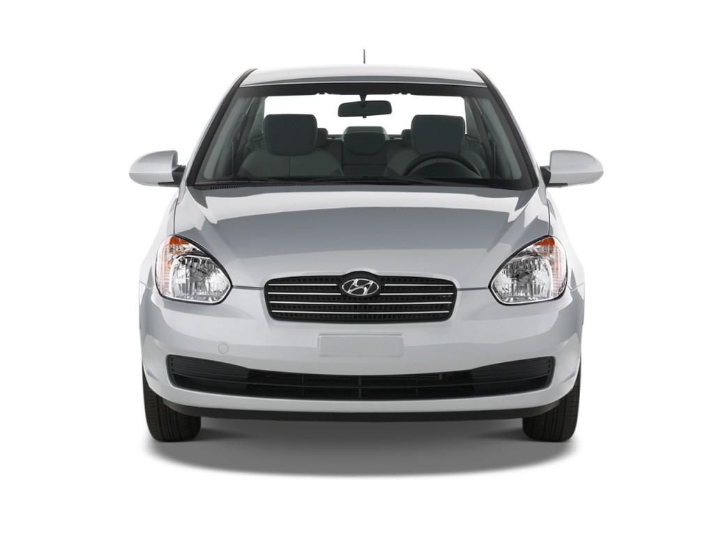 Image 2011 Hyundai Accent 4 Door Sedan Auto Gls Front