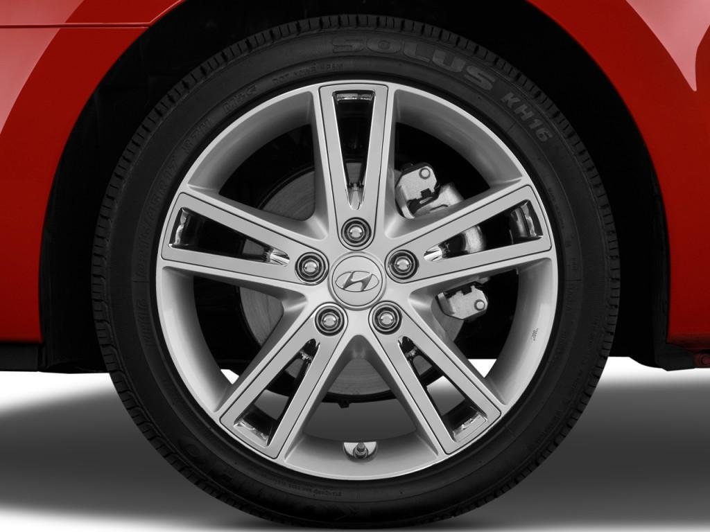 Image 2011 Hyundai Elantra Touring 4 Door Wagon Auto Gls