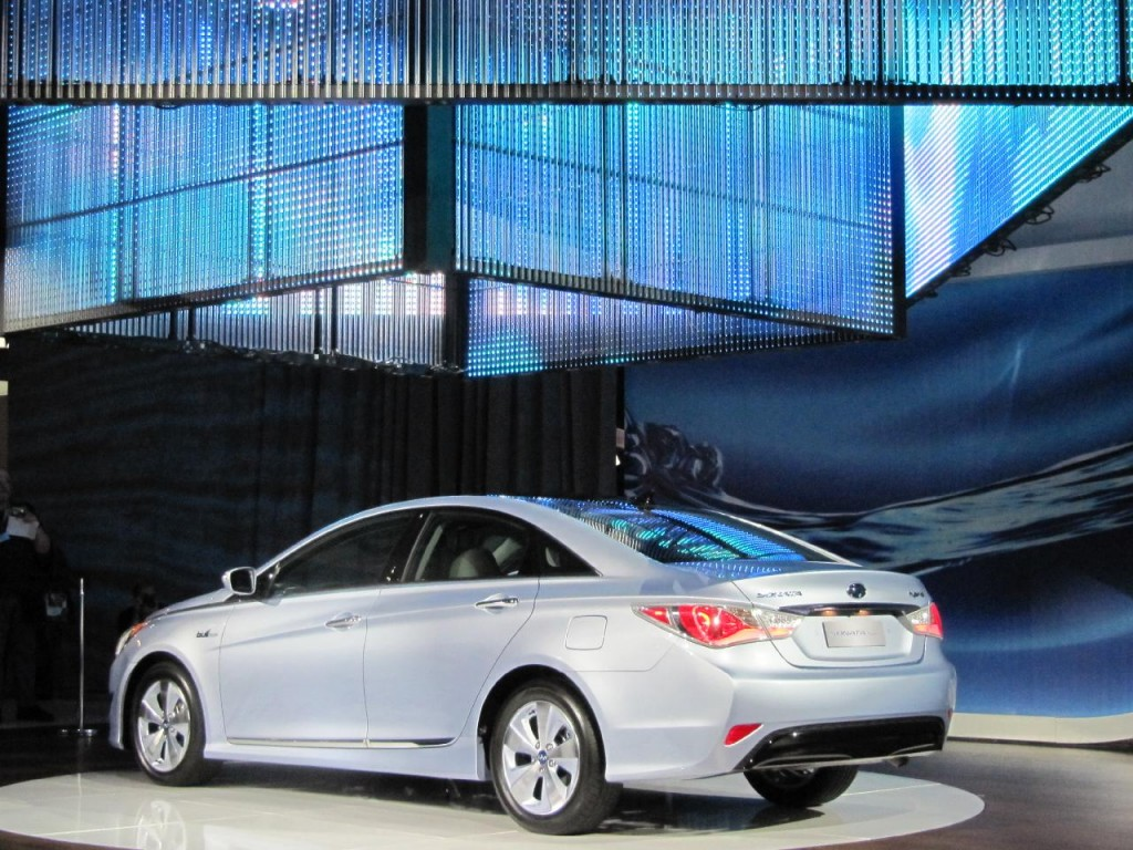 Image 2011 Hyundai Sonata Hybrid At 2010 New York Auto