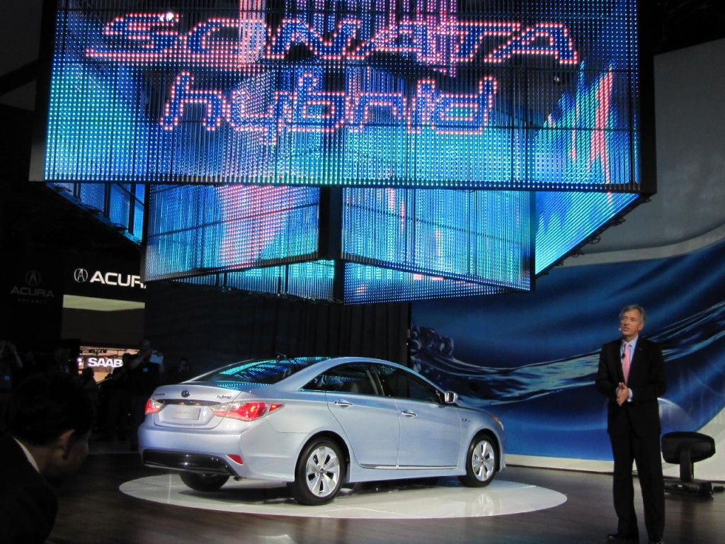 Image 2011 Hyundai Sonata Hybrid At 2010 New York Auto
