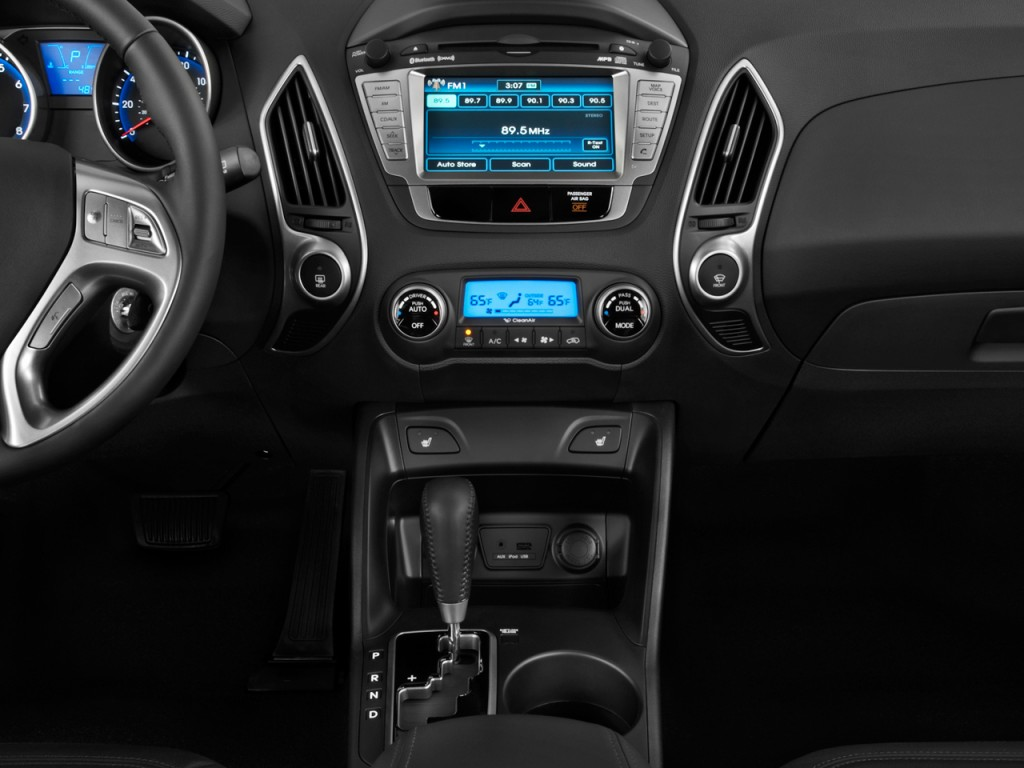 Image 2011 Hyundai Tucson Fwd 4 Door Auto Limited Pzev