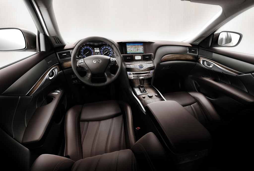 Ward S Auto Rates 2011 Infiniti M56 For Best Luxury Interior