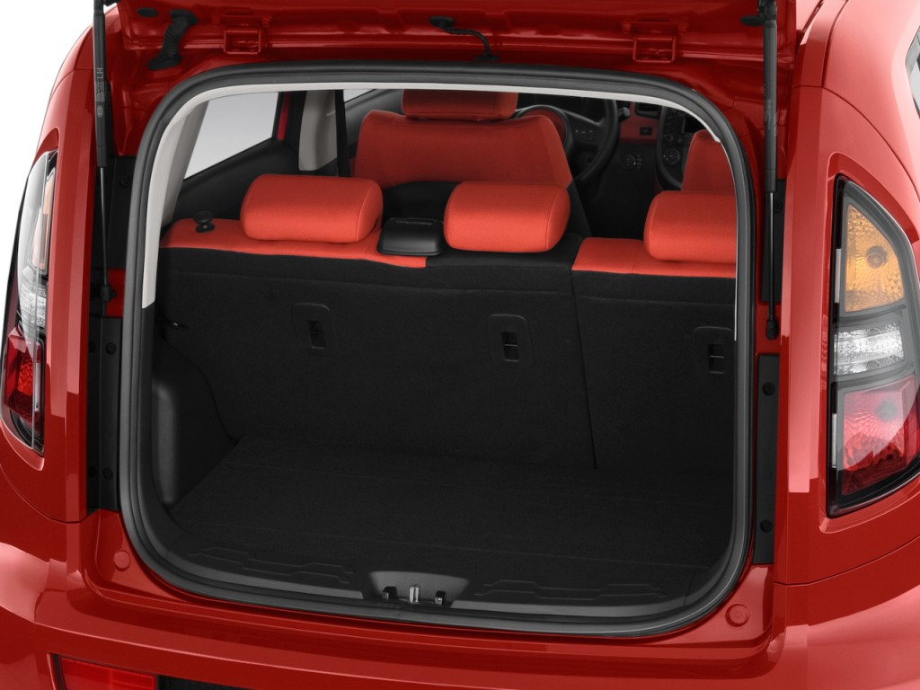 Image 2011 Kia Soul 5dr Wagon Auto Sport Trunk Size
