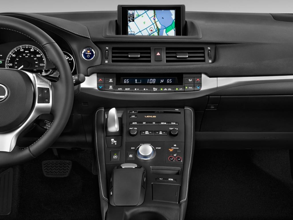 Image: 2011 Lexus CT 200h FWD 4-door Hybrid Instrument ...