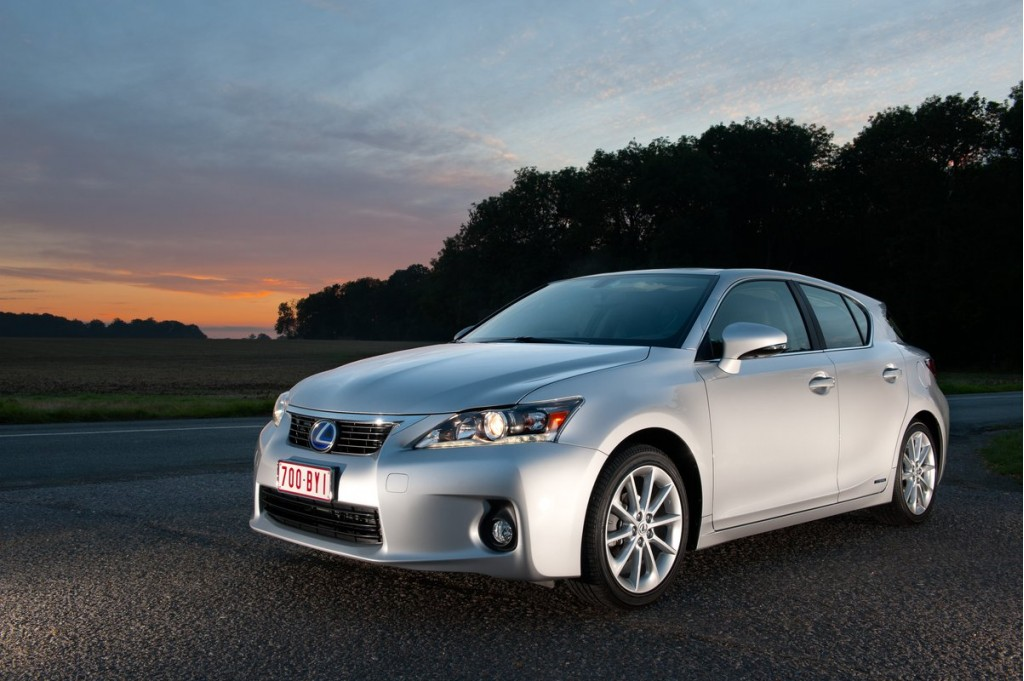2011 Lexus CT 200h: New Hybrid Consideration For Small Family Car