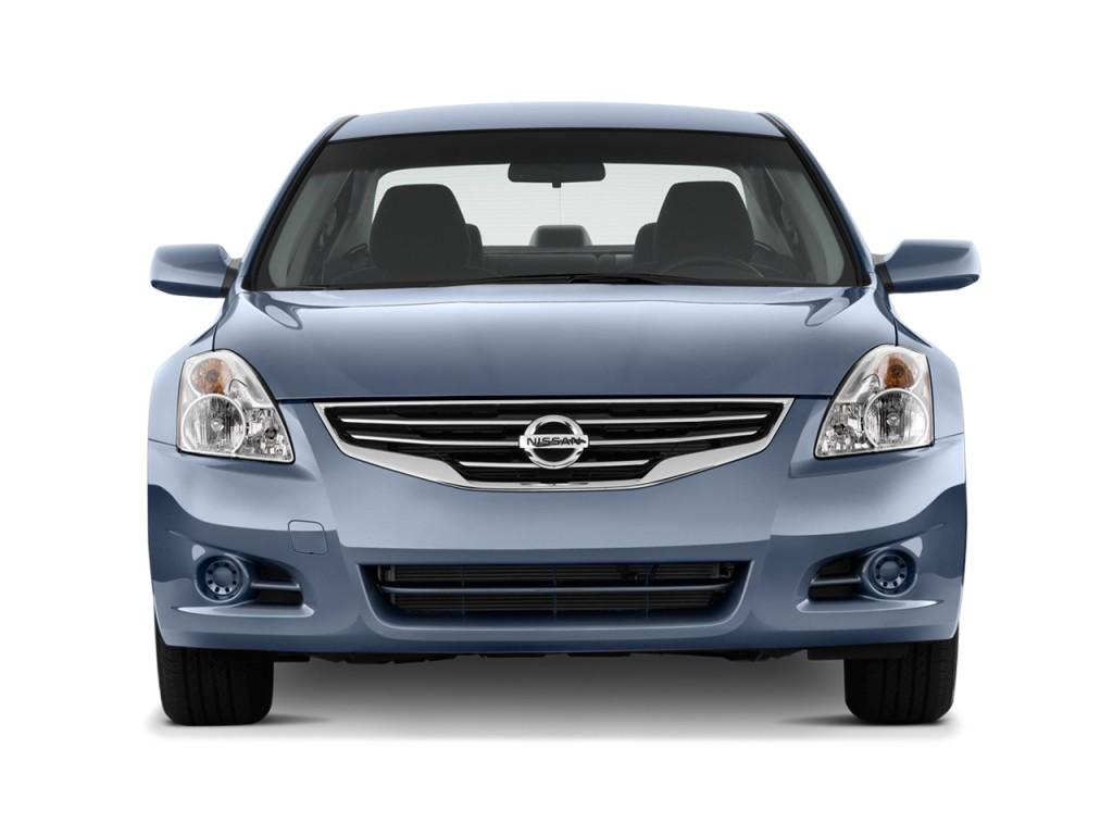 Image: 2011 Nissan Altima 4-door Sedan I4 CVT 2.5 S Front ...