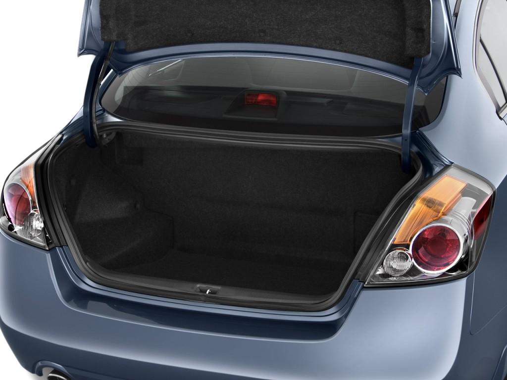 Image 2011 Nissan Altima 4 Door Sedan I4 Ecvt Hybrid