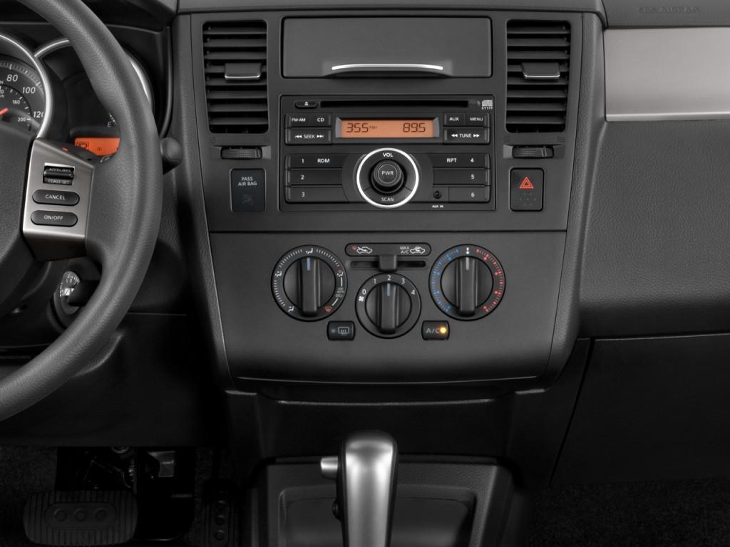 image 2011 nissan versa 4 door sedan i4 auto 1 8 s instrument panel size 1024 x 768 type. Black Bedroom Furniture Sets. Home Design Ideas