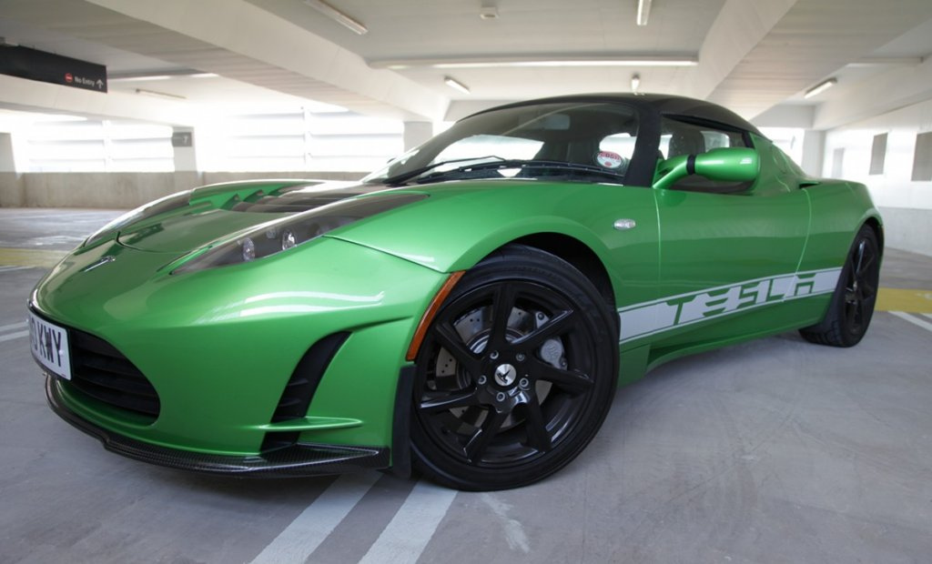 Launch Of Second Gen Tesla Roadster Pushed Back To 2015