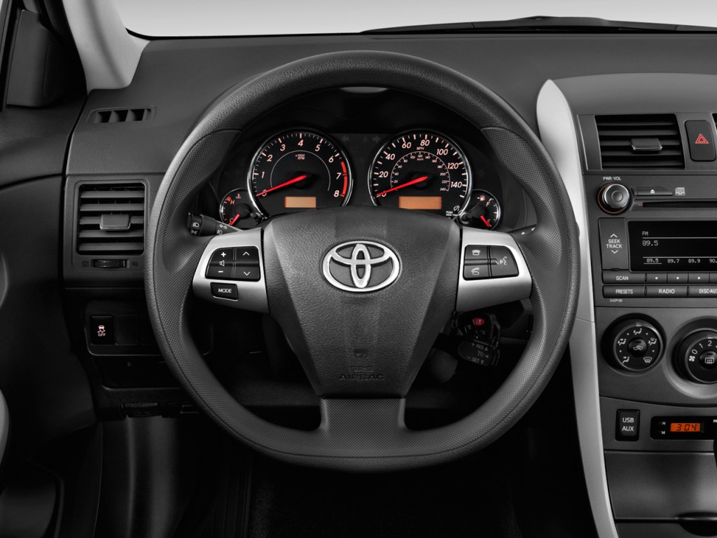 Image: 2011 Toyota Corolla 4-door Sedan Auto S (Natl ...