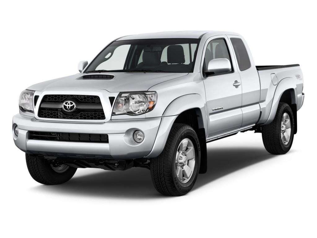 2011 Toyota Tacoma 2WD Access V6 AT PreRunner (Natl) Angular Front Exterior View