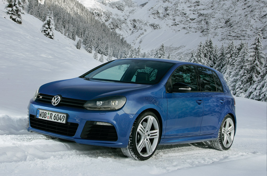 2011 volkswagen golf r preview. Black Bedroom Furniture Sets. Home Design Ideas