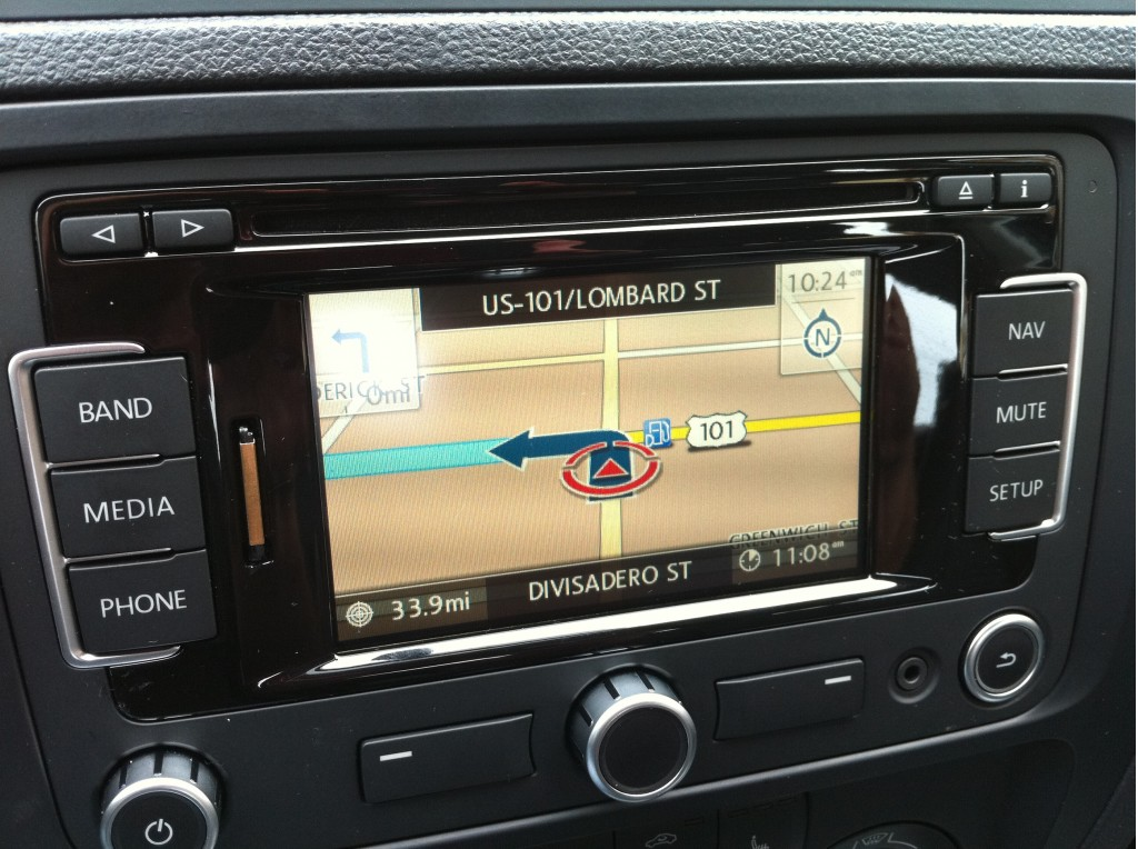 Video: 2011 Volkswagen Jetta Joins the Infotainment Era