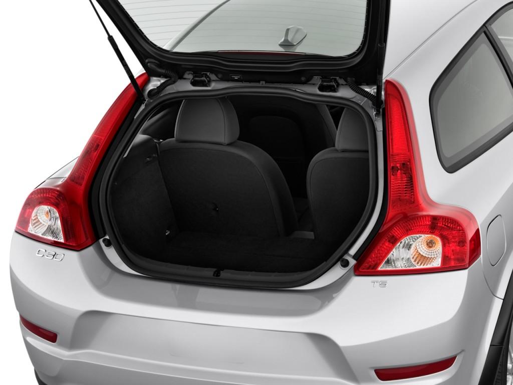 Image: 2011 Volvo C30 2-door Coupe Auto Trunk, size: 1024 ...