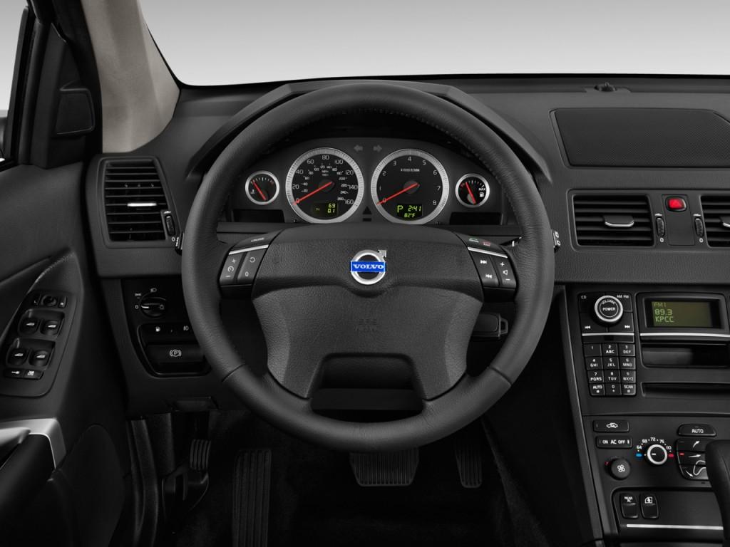 2011 Volvo XC90 FWD 4-door I6 Steering Wheel