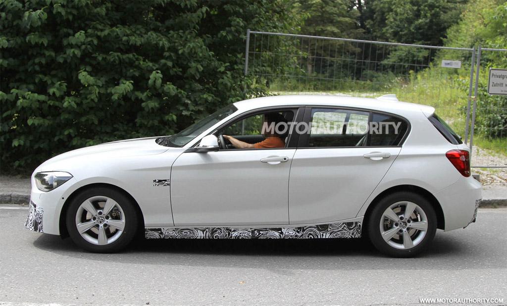 image 2012 bmw 1 series hatchback m sport accessories spy. Black Bedroom Furniture Sets. Home Design Ideas