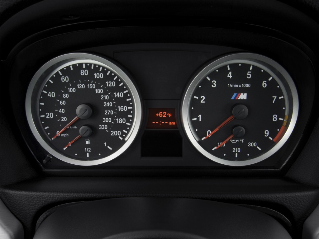 service manual  remove instrument cluster from a 2012 bmw 5 series  image 2013 bmw 5 series 4 Alpina Z8 Z8 Coupe