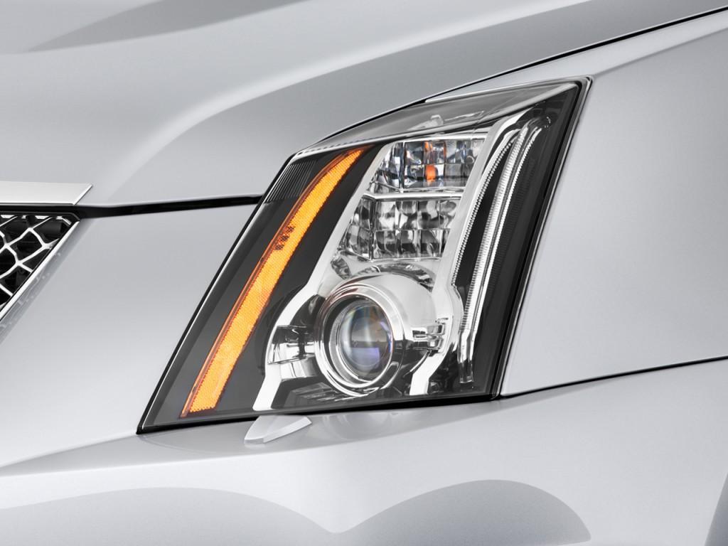 Image: 2012 Cadillac CTS-V Wagon 5dr Wagon 6.2L Headlight ...