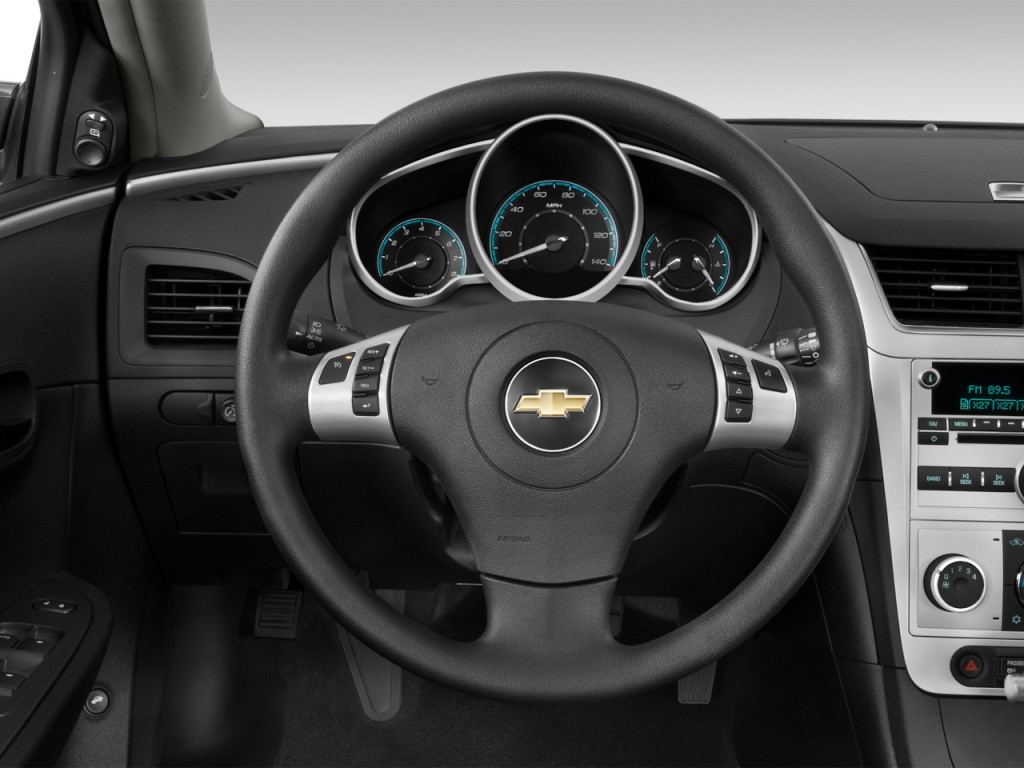 image 2012 chevrolet malibu 4 door sedan lt w 1lt steering wheel size 1024 x 768 type gif. Black Bedroom Furniture Sets. Home Design Ideas