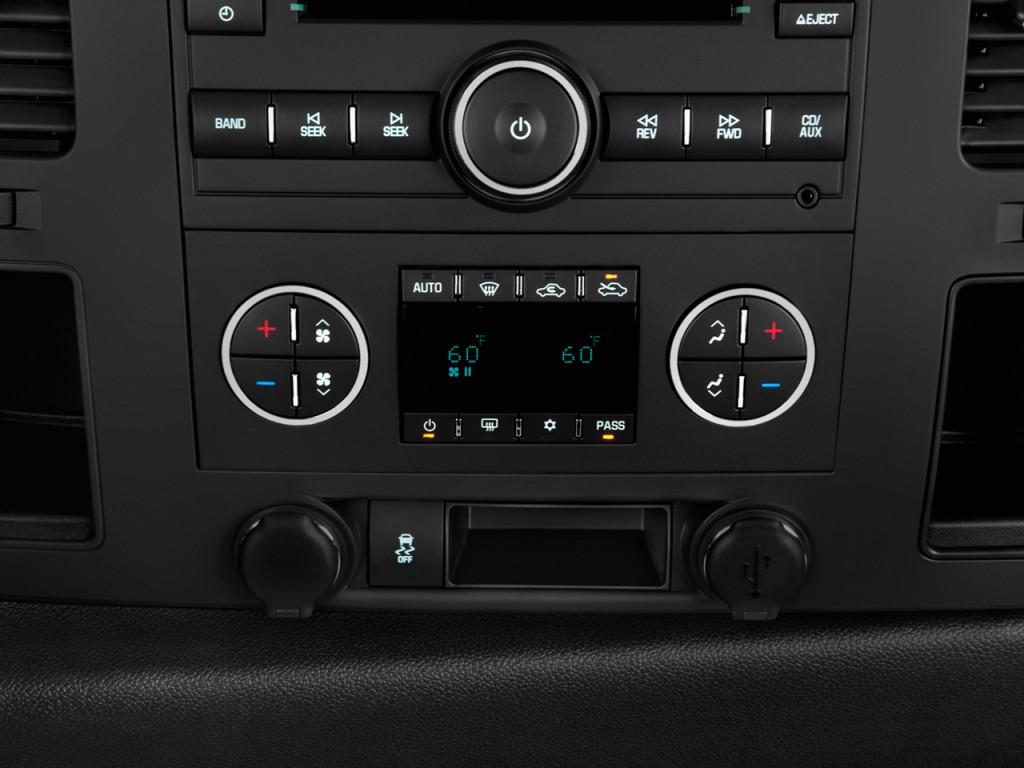 2012 Chevrolet Silverado Wd Crew Cab Vs 2012 >> Image: 2012 Chevrolet Silverado 1500 2WD Crew Cab 143.5 ...