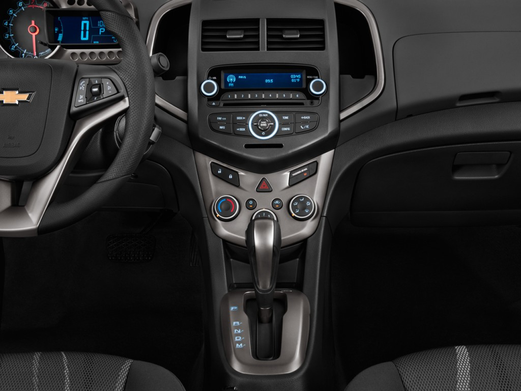 2012 Chevrolet Sonic 4-door Sedan 1LT Instrument Panel