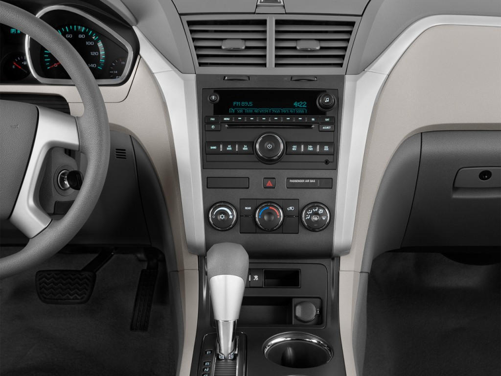 Image: 2012 Chevrolet Traverse FWD 4-door LS Instrument Panel, size: 1024 x 768, type: gif ...