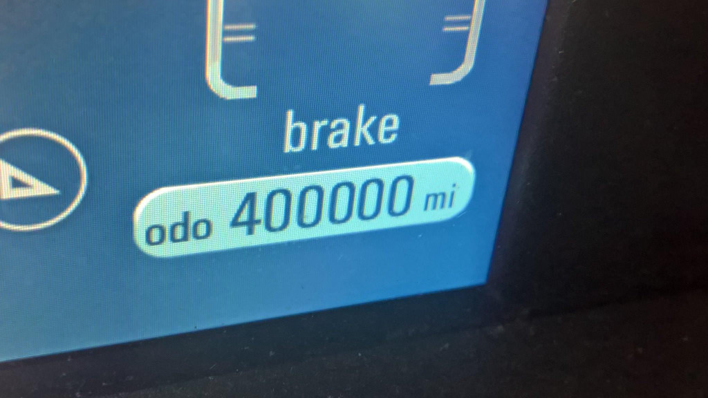 2012 Chevrolet Volt crosses 400,000 miles, September 2017   [photo: owner Erick Belmore]