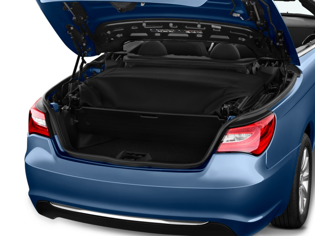 Image 2012 Chrysler 200 2 Door Convertible Touring Trunk