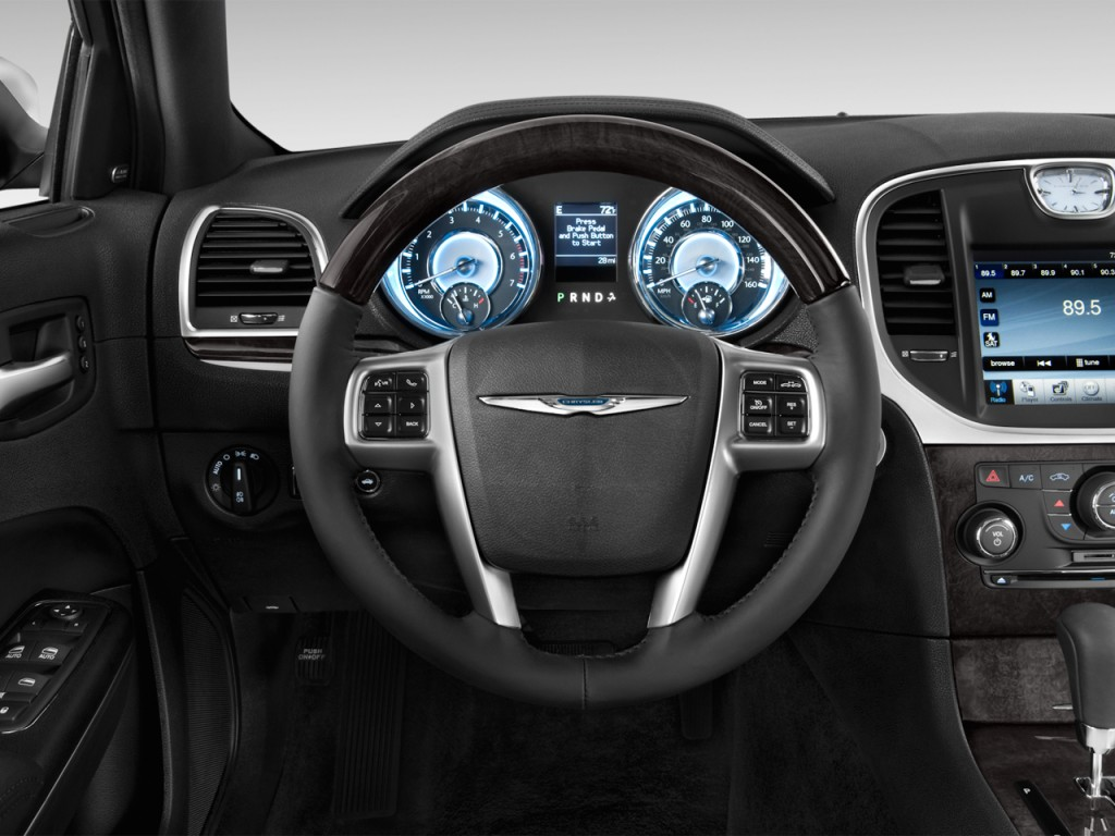 Image 2012 Chrysler 300 4 Door Sedan V8 300c Rwd Steering