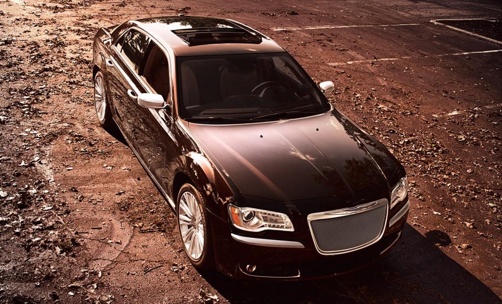 2012 Chrysler 300 Video Road Test