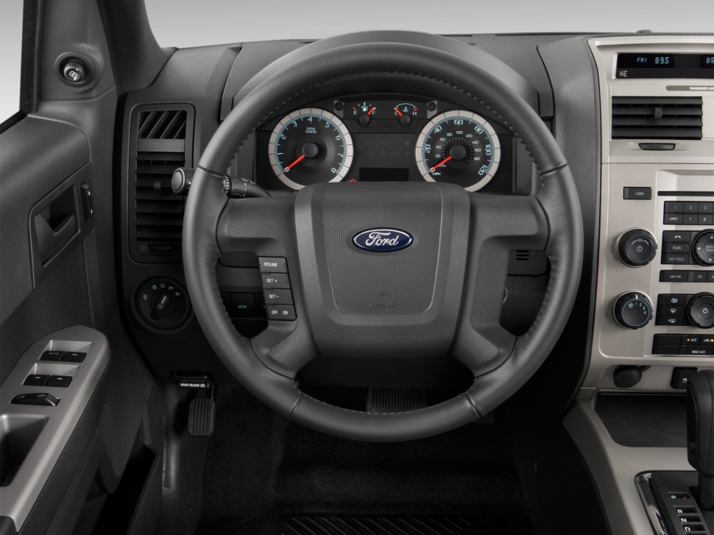 image 2012 ford escape 4wd 4 door xlt steering wheel size 1024 x 768 type gif posted on. Black Bedroom Furniture Sets. Home Design Ideas
