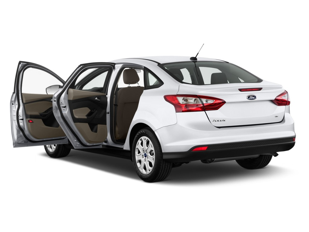 2012 Ford Focus 4-door Sedan SE Open Doors