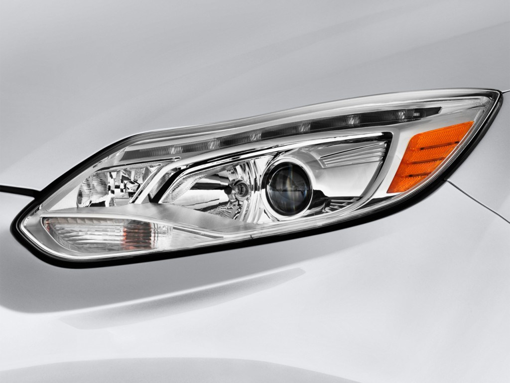 2012 ford focus electric 5dr hb headlight