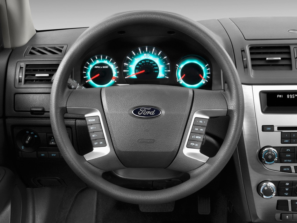 image 2012 ford fusion 4 door sedan se fwd steering wheel size 1024 x 768 type gif posted. Black Bedroom Furniture Sets. Home Design Ideas