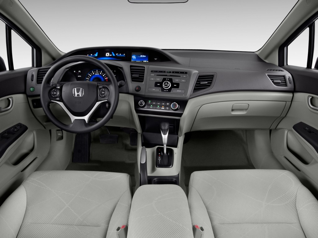Image: 2012 Honda Civic Sedan 4-door Auto LX Dashboard ...