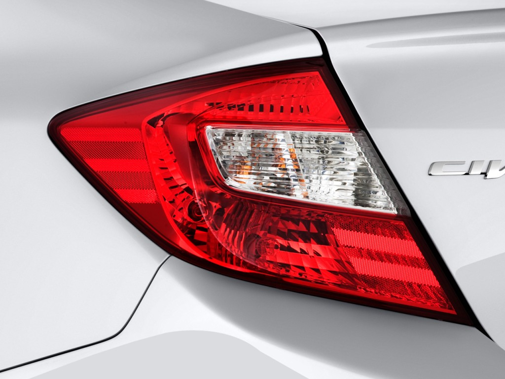 Image: 2012 Honda Civic Sedan 4-door Auto LX Tail Light ...