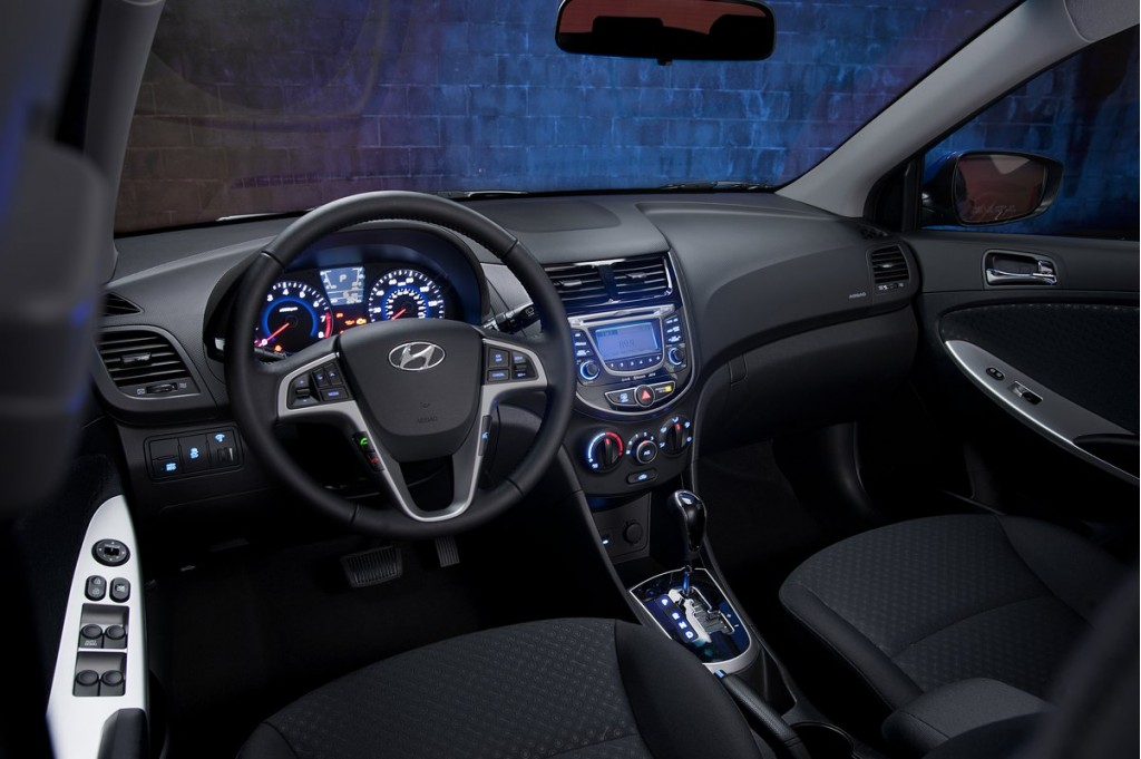 Image: 2012 Hyundai Accent, size: 1024 x 681, type: gif, posted on