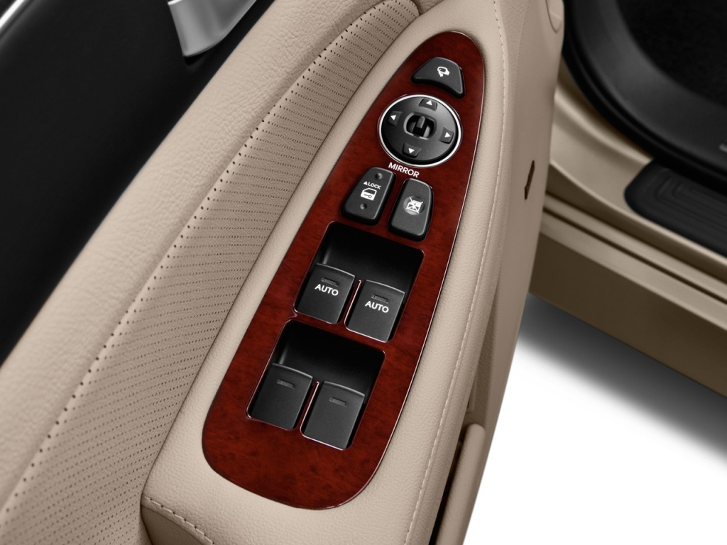 Image 2012 Hyundai Genesis 4 Door Sedan V6 Door Controls
