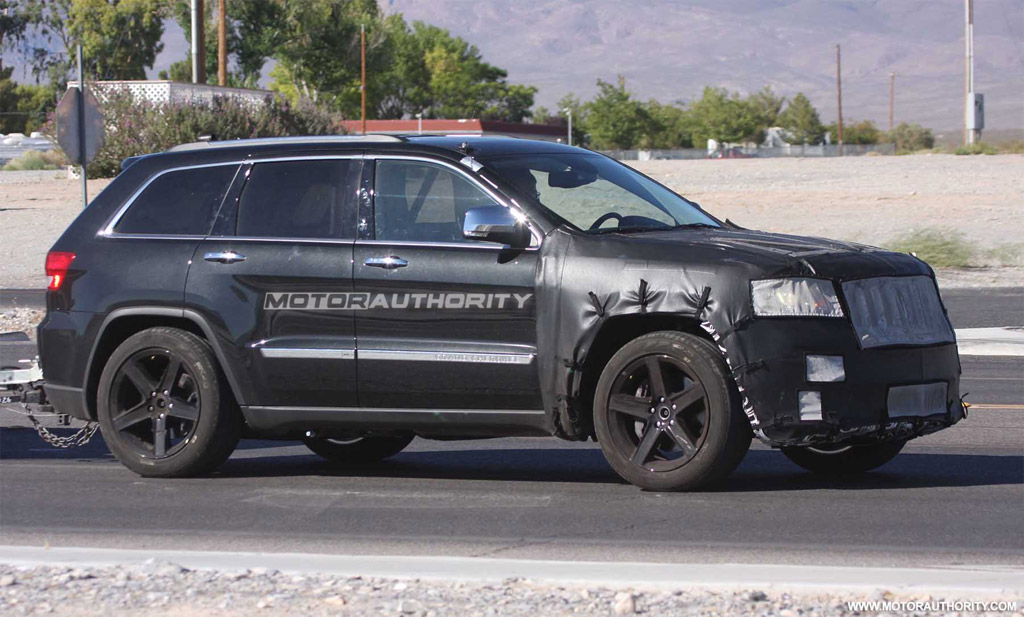 Lifted Jeep Srt8 >> 2012 Jeep Grand Cherokee SRT8 To Debut At New York Auto Show?