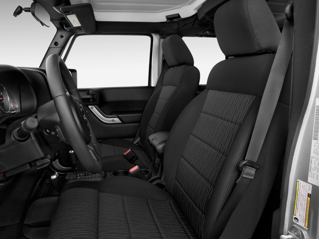 Image: 2012 Jeep Wrangler Unlimited 4WD 4-door Call of ...
