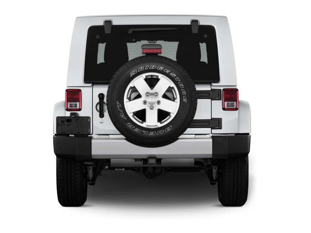 Image 2012 Jeep Wrangler Unlimited 4wd 4 Door Sahara Rear