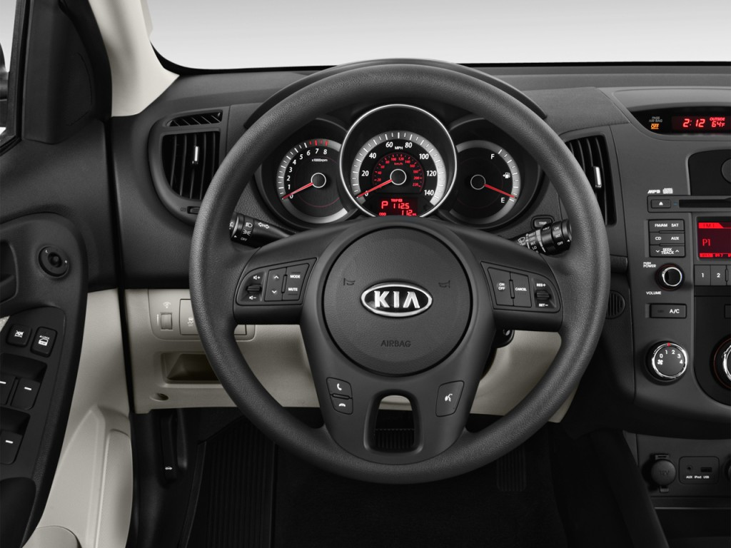 image 2012 kia forte 5 door 5dr hb ex steering wheel size 1024 x 768 type gif posted on. Black Bedroom Furniture Sets. Home Design Ideas