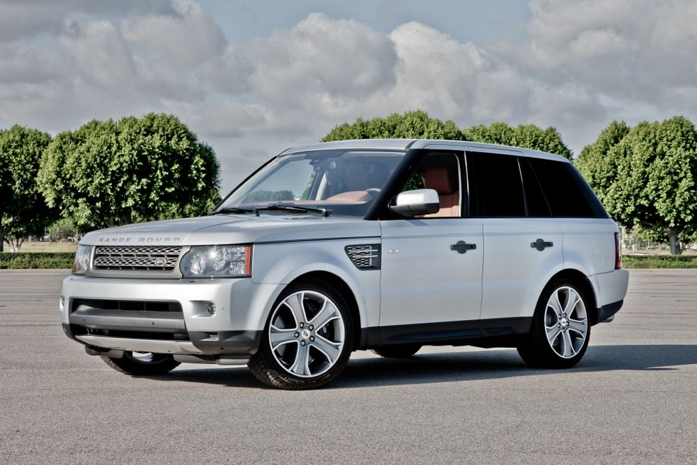 2012 land rover range rover sport review ratings specs. Black Bedroom Furniture Sets. Home Design Ideas